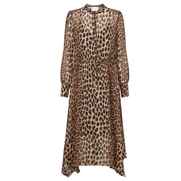 Kjole med leo print fra Just Female